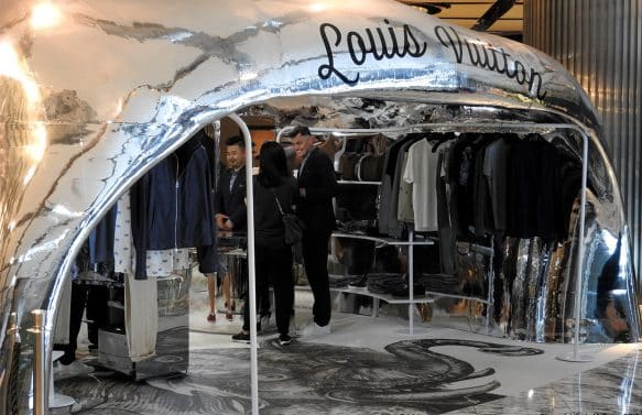 Louis Vuitton 3D Printed Pop-Up Shop