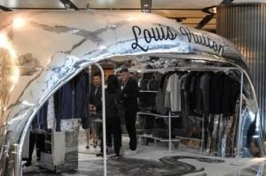 3D Advertising Louis Vuitton Pop-Up Store